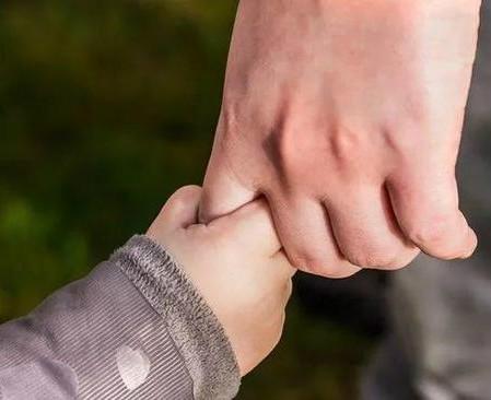 施暴猥亵遗弃 保护儿童国家应有哪些兜底责任?