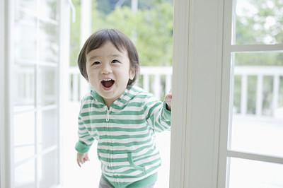 VCG4191173708.jpg  2018年9月2日出生宝宝起名