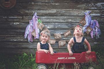 双胞胎女孩怎么取一个顺口的名字