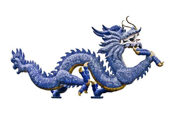 蓝色鳞片龙形象